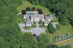 Stately and magnificent 4 acre gated estate on private lane.  260 Lukes Wood Road, New Canaan, CT - Offered by Al Filippone Associates: Ruth Watson - http://www.raveis.com/mls/99027608/260lukeswoodroad_newcanaan_ct