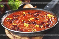 Gęsta zupa z mieloną wołowiną, fasolą i kukurydzą