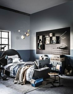 Design recuperated in the house – PLANETE DECO a homes world - myeasyidea sites Boys Bedroom Decor, Teen Room Decor, Bedroom Furniture, Boy Room Paint, Student Room, Interior Minimalista, Teenage Room, Baby Room Design, Home Design Diy