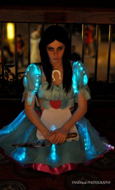 Alice - Siren Dress Cosplay by on DeviantArt Alice Cosplay, Cosplay Dress, Cosplay Girls, Cosplay Costumes, Halloween Inspo, Halloween Horror, Halloween Cosplay, Light Up Dresses, Alice Liddell