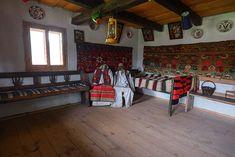 adelaparvu.com despre case din lemn maramuresene, case restaurate Maramures, Breb, Foto Dragos Asaftei (18) Old Houses, Romania, Traditional, Film, Interior, Design, Houses, Pictures, Movie