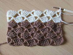 Lots of Crochet Stitches by M. Joachim: V-Stitch with Triple Crochet Shells Crochet Stitches Patterns, Crochet Chart, Filet Crochet, Crochet Motif, Knitting Patterns, Knit Crochet, Crochet Circles, Crochet Videos, Lace Knitting