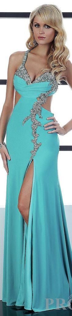 vestido corte lateral