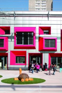 Image 5 of 14 from gallery of Kindergarten in Paris / Eva Samuel Architect Urbanist & Associates. Colour Architecture, School Architecture, Education Architecture, Modern Architecture, Learning Spaces, Learning Environments, Sustainable Schools, Kindergarten Design, Interesting Buildings