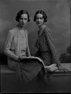 Gwen and Molly Le Bas, 1930 (Lafayette) | vintage 30s floral print dresses