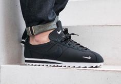 Nike Cortez Shark Tooth: Black