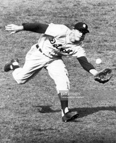 Al Kaline makes a spectacular catch of a fly ball during a game circa 1958 at…