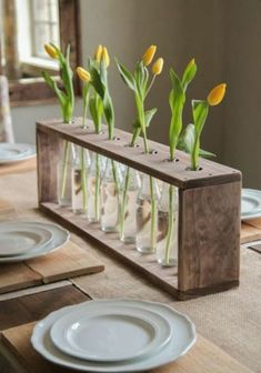 For home decor, dyi pallet projects, repurposed wood projects, pallet ideas Table En Bois Diy, Diy Table, Repurposed Wood Projects, Diy Pallet Projects, Pallet Ideas, Diy Simple, Easy Diy, Unique Home Decor, Diy Home Decor