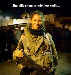 Ridiculously Photogenic Army Girl