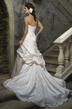 Unique Strapless Dipped Wedding Dress 2014 Appliques Wallpaper