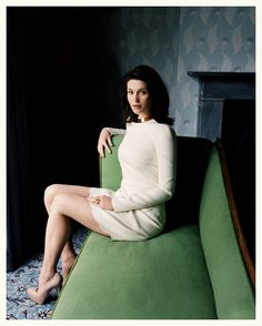 I always thought I was going to end up an old spinster, with my cats and fur coats. - Gemma Arterton