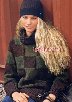 Клетчатый шерстяной пуловер с воротником из кос. Вязание спицами