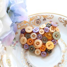 Heart brooch  felt and buttons  'Caramel by BeadedGardenUK on Etsy, £6.95