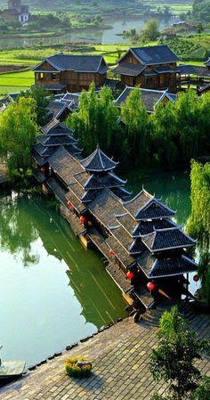 来 Shangri-La 来 Yangshuo - China