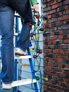 Outdoor Christmas Lighting Tips!