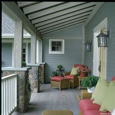 Farmers porch by Yankee Barn Homes, via Flickr House With Porch, Porch And Balcony, Porch Ceiling, Porch Furniture, Furniture Ideas, Decks And Porches, Front Porches, Pergola Ideas, Porch Ideas