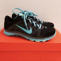 a3fee64c53930 Nike Woman s Flex Supreme TR 2 Brand new in box. Never worn. No trades