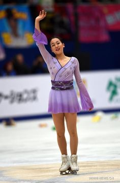 Mao Asada of Japan waves after the Ladies Free Skating program at the Audi Cup of China 2015 ISU Grand Prix of Figure Skating in Beijing, China, Nov. 7, 2015. (Xinhua/Guo Yong) (590×900) http://news.xinhuanet.com/english/photo/2015-11/07/c_134793436_6.htm