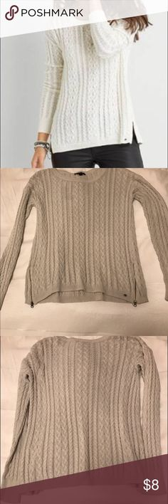 AE Sweater 🍁 Cable knit zipper sweater! Perfect for layering 🍂 American Eagle Outfitters Sweaters