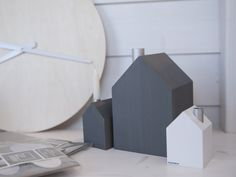 Cultform Haus grau und weiss
