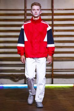 Discover NOWFASHION, the first real time fashion photography magazine to publish exclusive live fashion shows. Men Street, Street Wear, Live Fashion, Mens Fashion, Gosha Rubchinskiy, Sport Inspiration, Sport Wear, Spring Summer 2016, Mens Sweatshirts