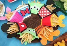 ディズニーキャラクターがモチーフのフライドポテトケース ミッキー、ミニー、プーさん、ティガー、ドナルドなど