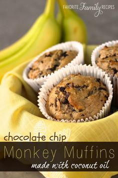 Your little monkeys will love these Chocolate Chip Monkey Muffins (made with coconut oil)! #chocolatechipmuffins #coconutoil