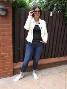 White blazer and trainers with jeans and sunglasses- My Daily Wear