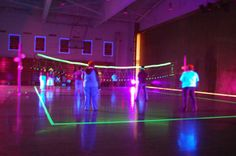 GLOWING VOLLEYBALL PARTY IDEA