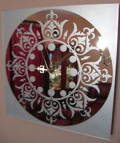 Wall clock in mirror Owl's Nest 11.4 x 11.4 by Glassbrand
