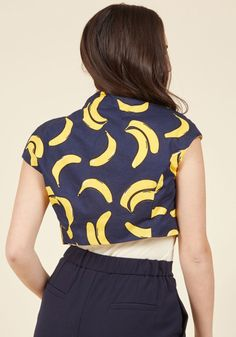 c68d92b046b4d  lt p gt A banana-printed bolero full of adorable quirk and retro appeal