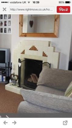 1930s Fireplace, Art Deco Fireplace, Tiled Fireplace, Fireplace Ideas, Art Deco Fashion, Fireplaces, Living Room, Retro, Bedroom Ideas