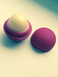 EOS Lip balm pomegranate <3