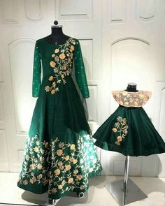 Designer Gowns For Womens, New Gown Design, Indian Gowns Online Indian Evening Gown, Wedding Evening Gown, Indian Gowns, Evening Gowns Online India, Party Gowns Online, Mom Daughter Matching Dresses, Mom And Baby Dresses, Girls Dresses, Designer Evening Gowns