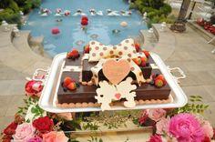 ディズニー チョコレート ウェディングケーキ