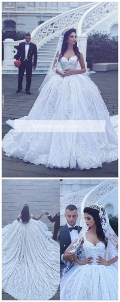 Gorgeous Ball-Gown Sleevesless Sweetheart Flowers Lace Wedding Dress