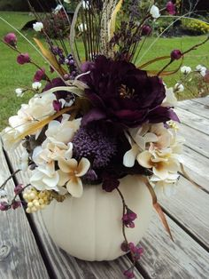 Love this color and arrangement! White Pumpkin Table Centerpiece for Halloween wedding, Large Elegant Purple Floral, Thanksgiving Autumn Fall Wedding Halloween Wedding Centerpieces, Wedding Table Centerpieces, Centerpiece Ideas, Autumn Centerpieces, Wedding Pumpkins, Halloween Floral Arrangements, Halloween Weddings, Halloween Wedding Flowers, Classy Halloween Wedding