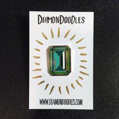 Single Enamel Emerald Pin