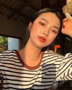 Ulzzang girl and make up beauty Peach Makeup Look, Korean Makeup Look, Asian Makeup, Korean Beauty, Asian Beauty, Aesthetic Makeup, Aesthetic Girl, Beauty Make-up, Hair Beauty