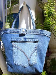 220928e7305b Probieren geht über Studieren  Jeans-Resteverwertung. Hier eine Tasche.