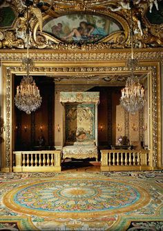 "7TH CENTURY  Le Brun,Charles  Vaux-le-Vicomte, ""chambre du roi"", the bedroom reserved for visits by king Louis XIV. One such visit led to the dismissal and arrest of Nicolas Fouquet, minister of finance. The King built Versailles with Fouquet's architect and painter. See 14-01-04/1-20  Chateau, Vaux-le-Vicomte, France"