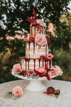naked wedding cake with chocolate drizzle