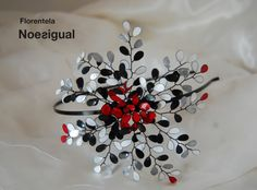 diadema Noesigual (negro, rojo , blanco)