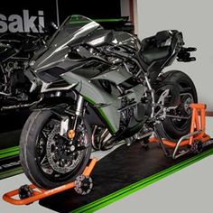Motorcycle stands that move like magic