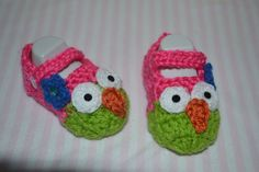 Owl inspired booties by BellasBabyTreasures on Etsy