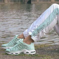 Nike Air Max Plus by @holycamille  : @maxime_ernult . . . #gomf #girlsonmyfeet