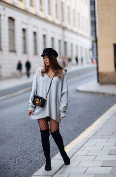 Big sweater & fishnets - Mariannan