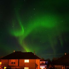 The sky is alive tonight. So breathtaking. #aurora #auroraborealis #nature #inspired #vapelife