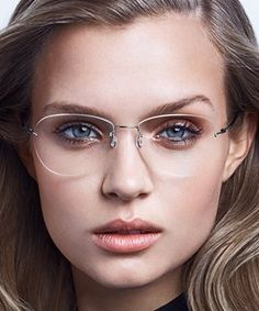 LINDBERG spirit titanium provide a wide choice of eyewear shapes, colors and sizes. These ultra lightweight rimless glasses weigh as little as grams Wire Frame Glasses, Glasses Frames Trendy, Cool Glasses, New Glasses, Girls With Glasses, Best Eyeglasses, Eyeglasses For Women, Chic Outfit, Rimless Glasses