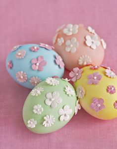 Simple coloured eggs with paper flowers